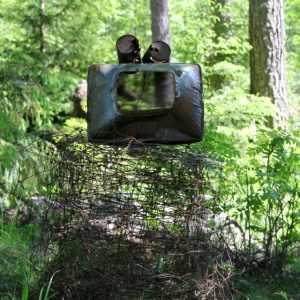 Heidrun Wettengl: Familie Skrap 1, Landart bei Tangen/Norwegen, Schrott und Müll, 2015. Alle Rechte vorbehalten.