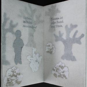 Heidrun Wettengl: Im Nebel, Künstlerbuch (Seiten 1-2), Mixed Material, 30x19,5 cm, 2014. Alle Rechte vorbehalten.