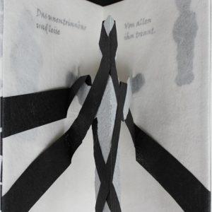 Heidrun Wettengl: Im Nebel, Künstlerbuch (Seiten 11-12), Mixed Material, 30x19,5 cm, 2014. Alle Rechte vorbehalten.