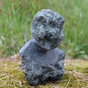 Heidrun Wettengl: Who, Labrador, 18x16x9 cm, 2015. Alle Rechte vorbehalten.