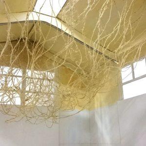 Heidrun Wettengl: Seil-Schafft 2, Installationsidee, Fotoserie, 19x11 cm, Modell aus Pappe, Seil, Draht, 2015. Alle Rechte vorbehalten.